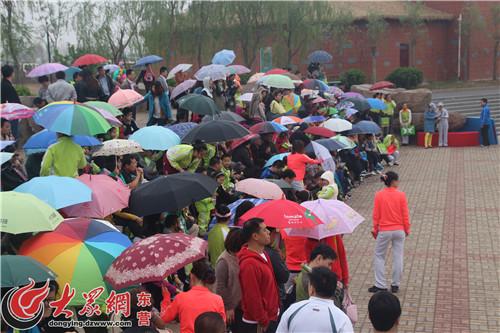 东营科达伟才幼儿园组织幼儿春游动物园