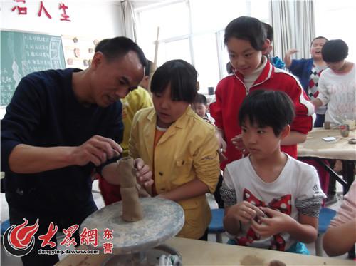 东营/东营胜利锦华小学开设陶艺课程三年研创初具规模