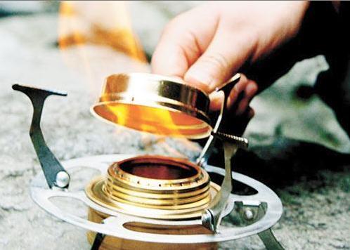 酒精炉_东营酒精炉中固体酒精易燃烧 市民使用需谨慎