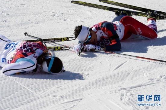 多棱镜:越野滑雪——疲惫不堪图片