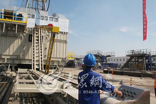 女人���b��b���9f�z>ZJ~XZ_科瑞石油发布zj10d/600db教学钻机 已达国际先进水平
