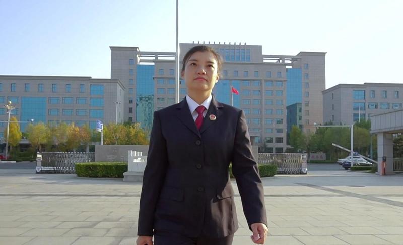 《而立》第三十六期:国家公诉人赵素祯