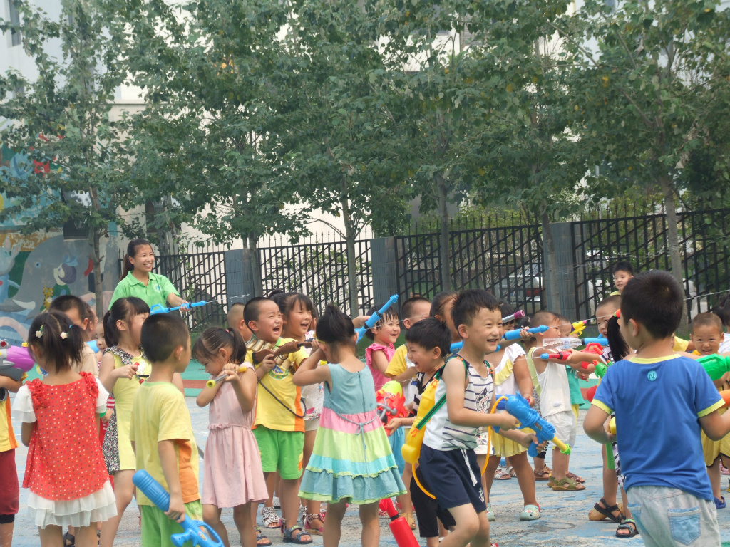 东营雅立福幼儿园-户外活动
